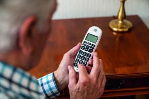 Pressebild Senioren Telefon 01