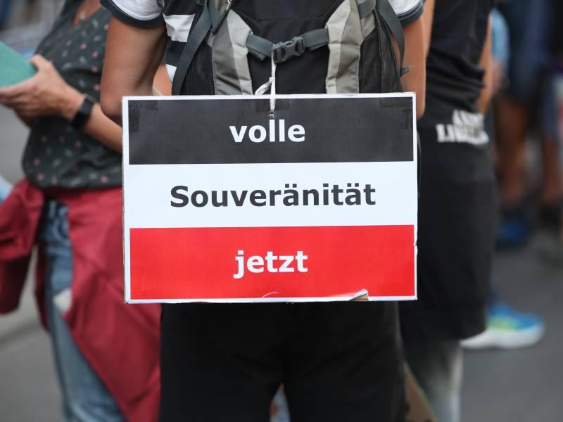 Regierung Reichsbuerger Durch Corona Proteste Staerker Geworden