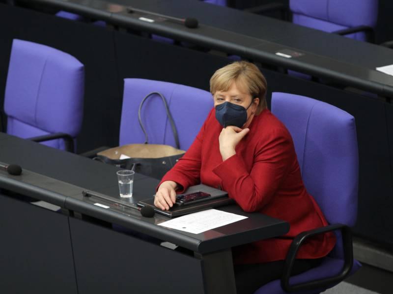 Spd Und Linke Kritisieren Merkel Auftritt Im Bundestag