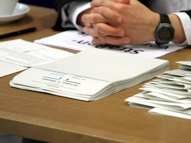 Umfrage Noch 40 Prozent Unentschlossene Bei Bundestagswahl