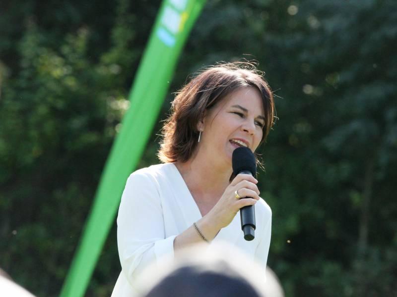 Union Und Spd Im Politbarometer Stabil Gruene Schwaecher