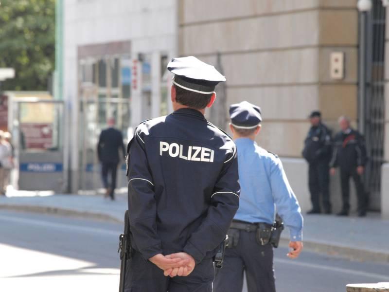 Weniger Angriffe Auf Parteien Und Politiker In Berlin